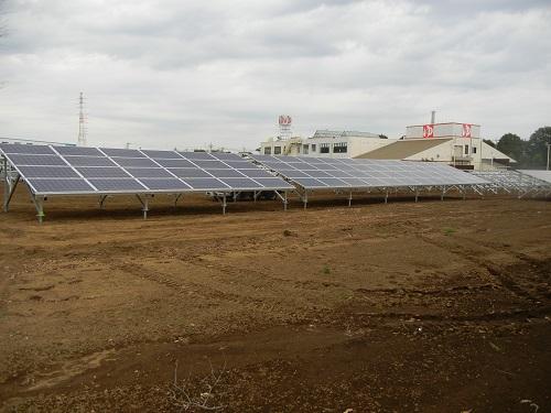 産業用太陽光発電の現場写真